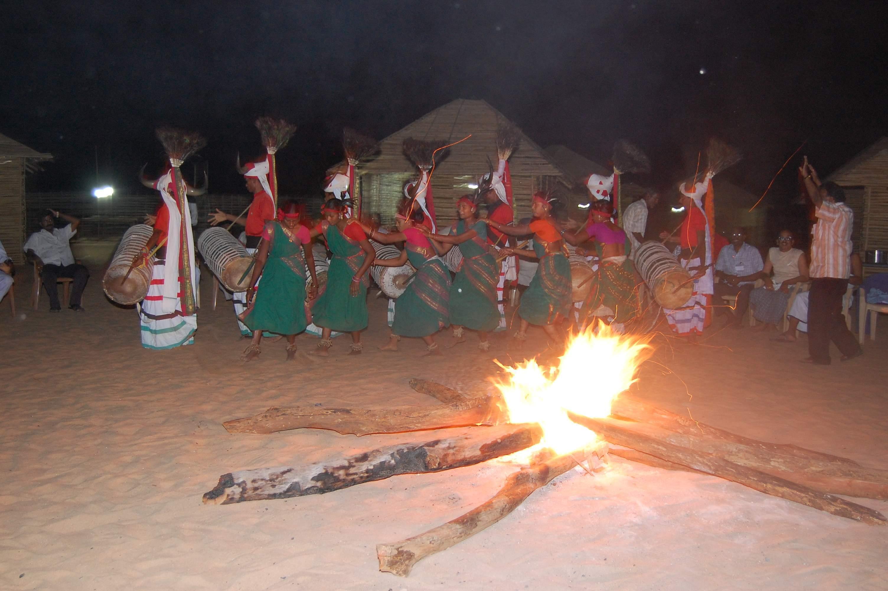 Papikondalu Tribal Dance